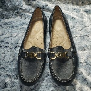 Naturalizer Shoes - Naturalizer loafers size 9